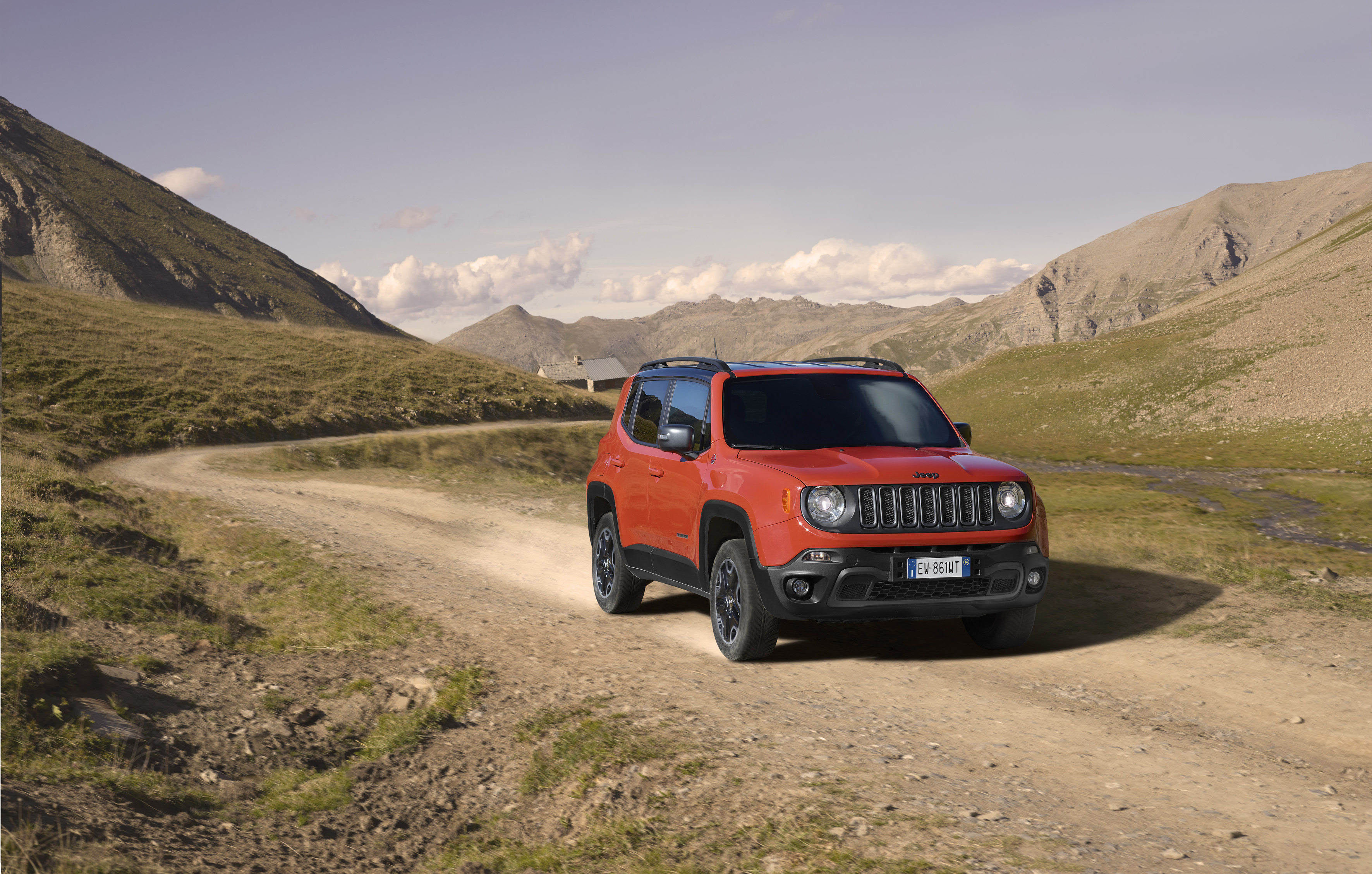 Jeep renegade trailhawk 4x4 montagne alpes photo shooting
